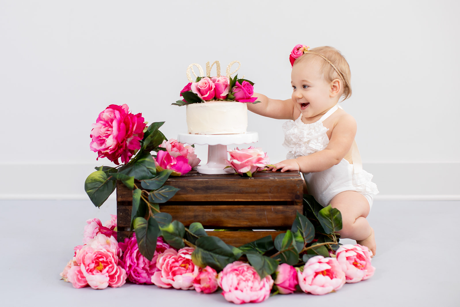 Lilas One Year Old Birthday Cake Smash Session - Image Property of www.j-dphoto.com