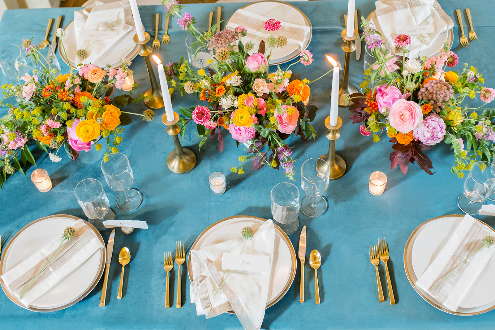 7MicroWeddingTabletopInspirationsForBackyardandIntimateWeddings