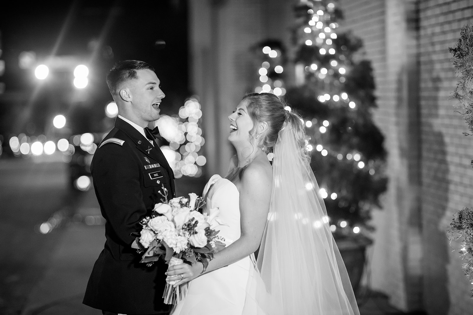 HollyElliottsHolidayWeddingatTheJeffersonHotel