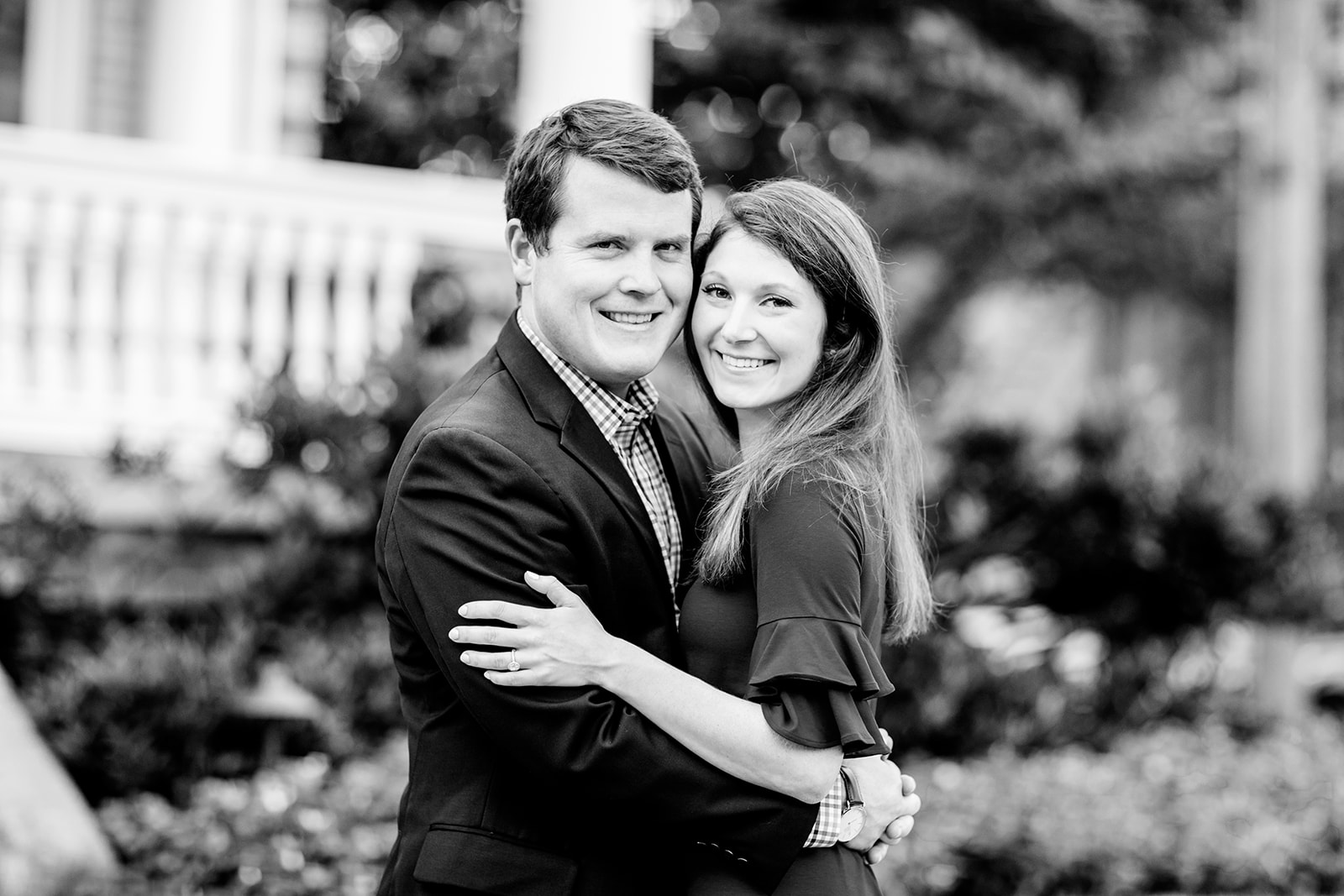 Chris  Allies Engagement Photos on Monument Avenue  - Image Property of www.j-dphoto.com