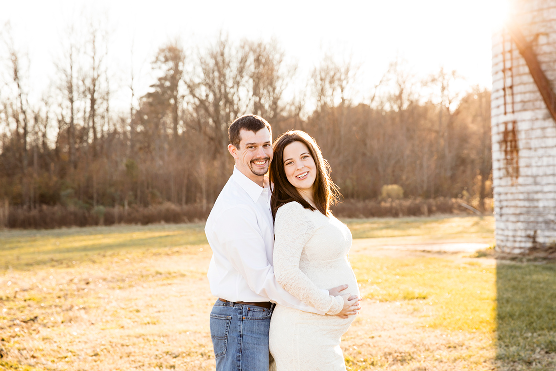9370a8123918e Rustic Maternity Photos on a Farm at Cousiac Manor - Image Property of www.j