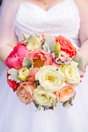 Top 10 Wedding Bouquets of 2014 - Image Property of www.j-dphoto.com
