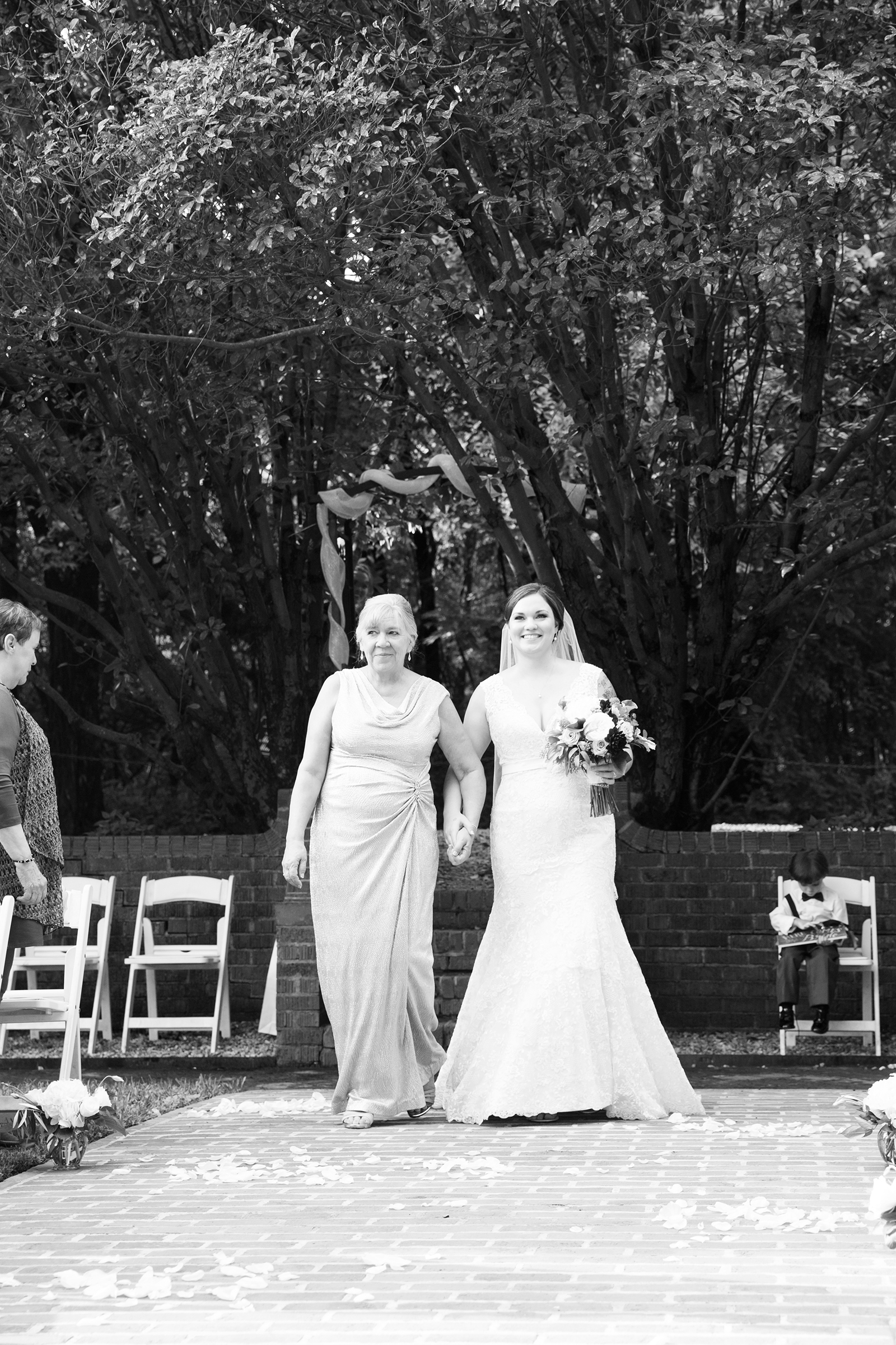 Abby  Ryans Wedding at Mankin Mansion - Image Property of www.j-dphoto.com