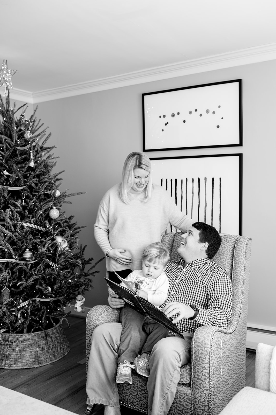 Cary Family Christmas At Home Maternity Shoot - Image Property of www.j-dphoto.com