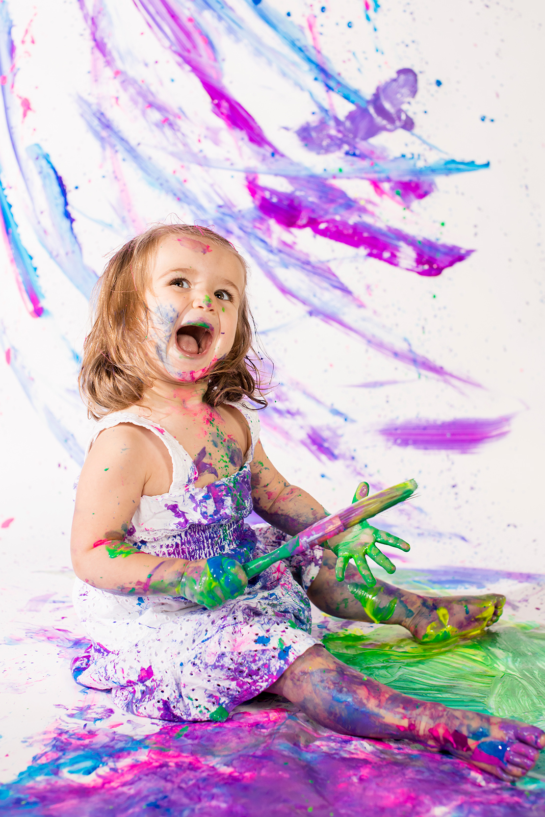 Toddler Painting Studio Shoot - Image Property of www.j-dphoto.com