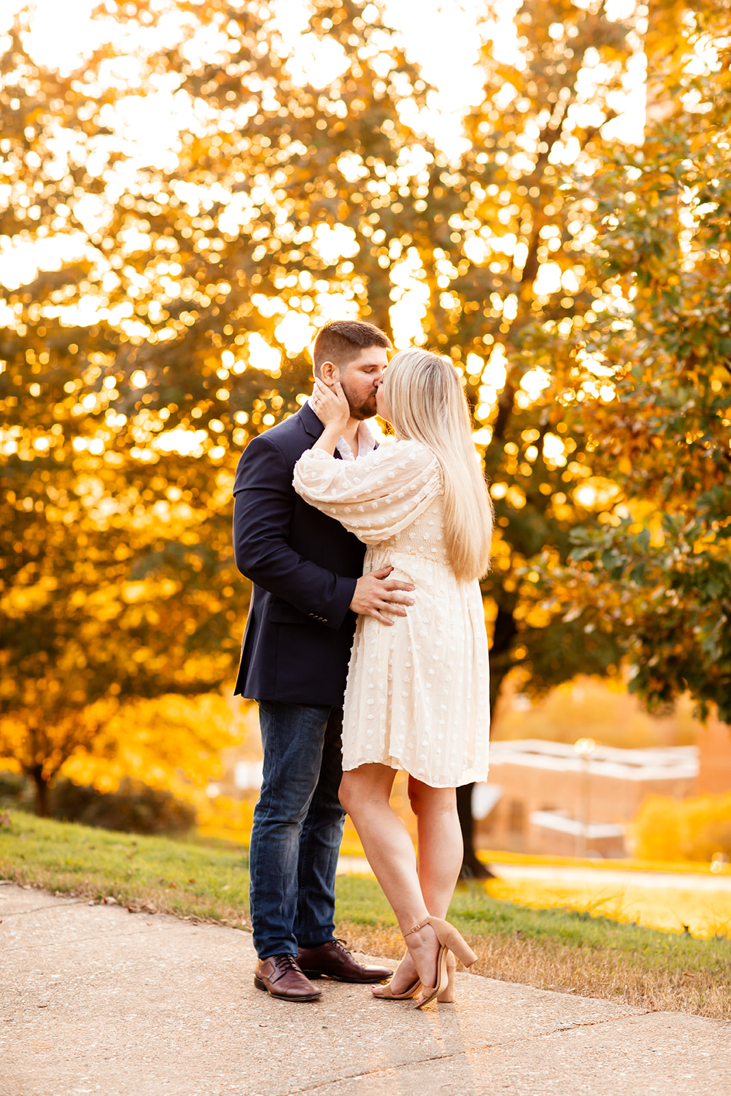 Libby Hill Park Mini Engagement Shoot at Golden Hour - Image Property of www.j-dphoto.com