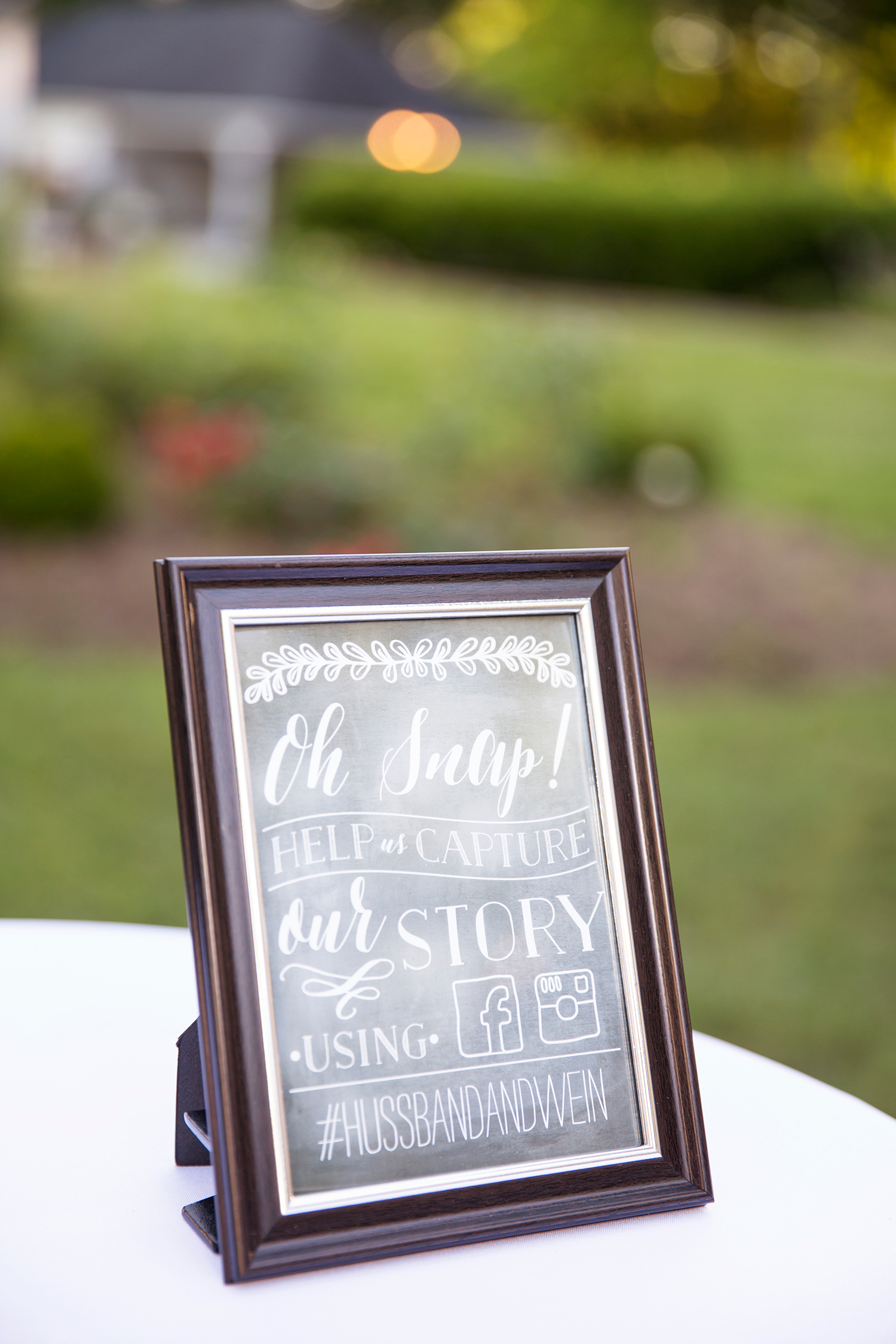 Summer Wedding at The Virginia Cliffe Inn - Image Property of www.j-dphoto.com