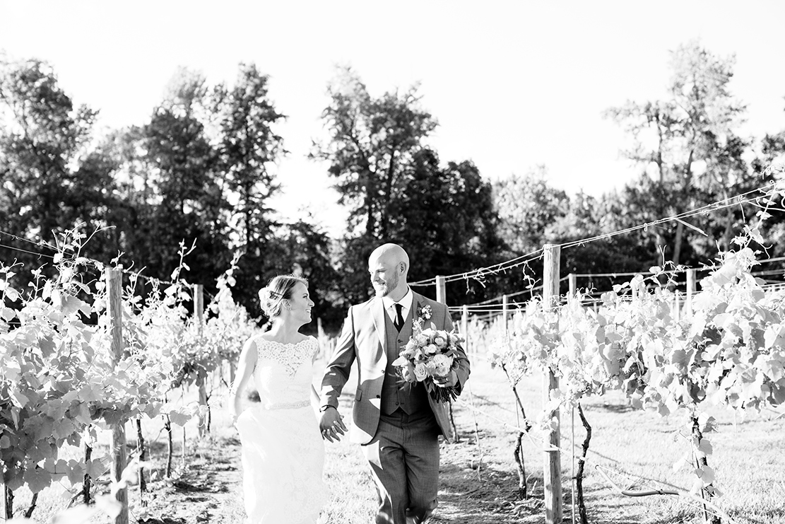 Wedding Preview  Brooke  Steven - Image Property of www.j-dphoto.com