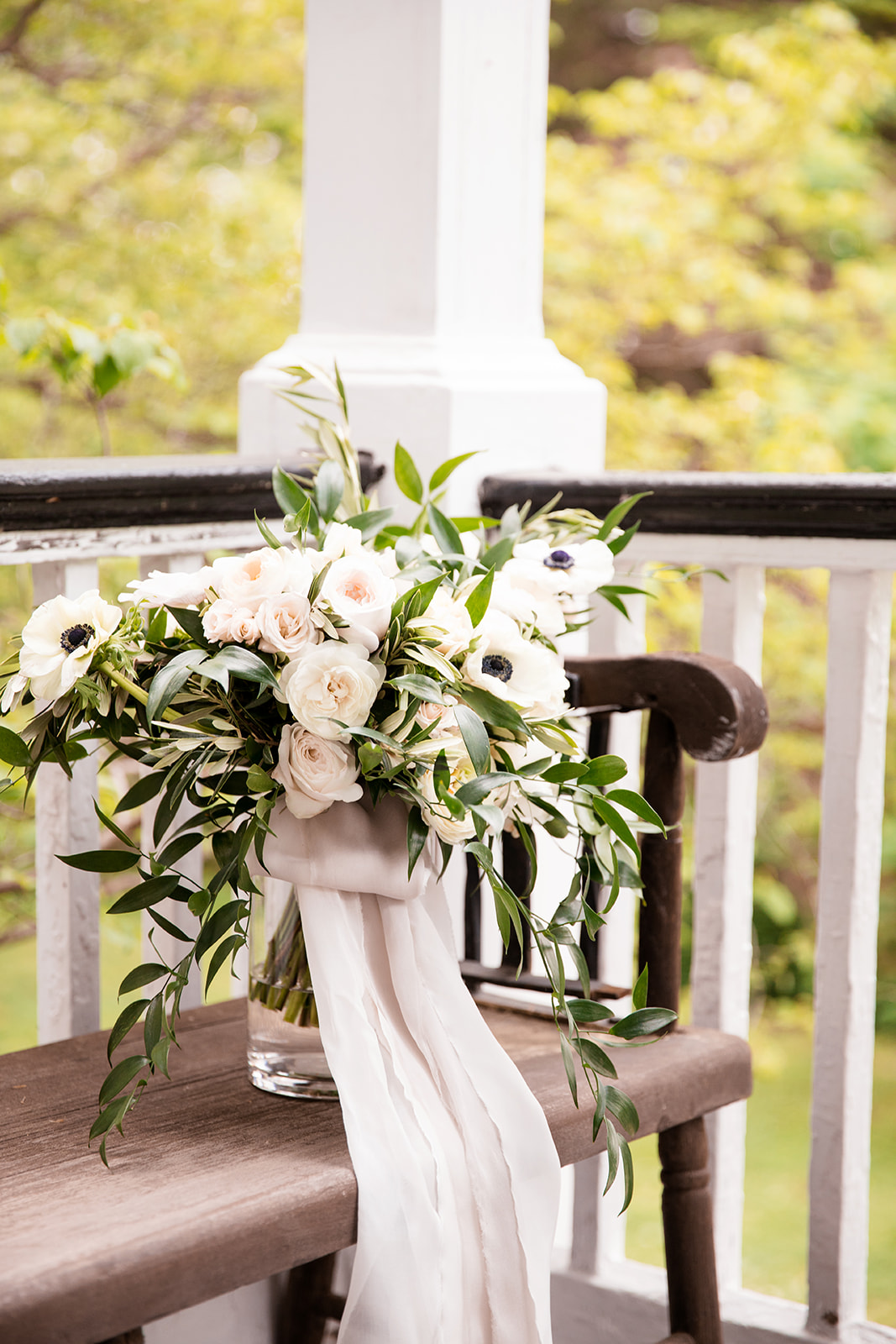 Stephanie  Kels Elegant Southern Wedding at Tuckahoe Plantation - Image Property of www.j-dphoto.com