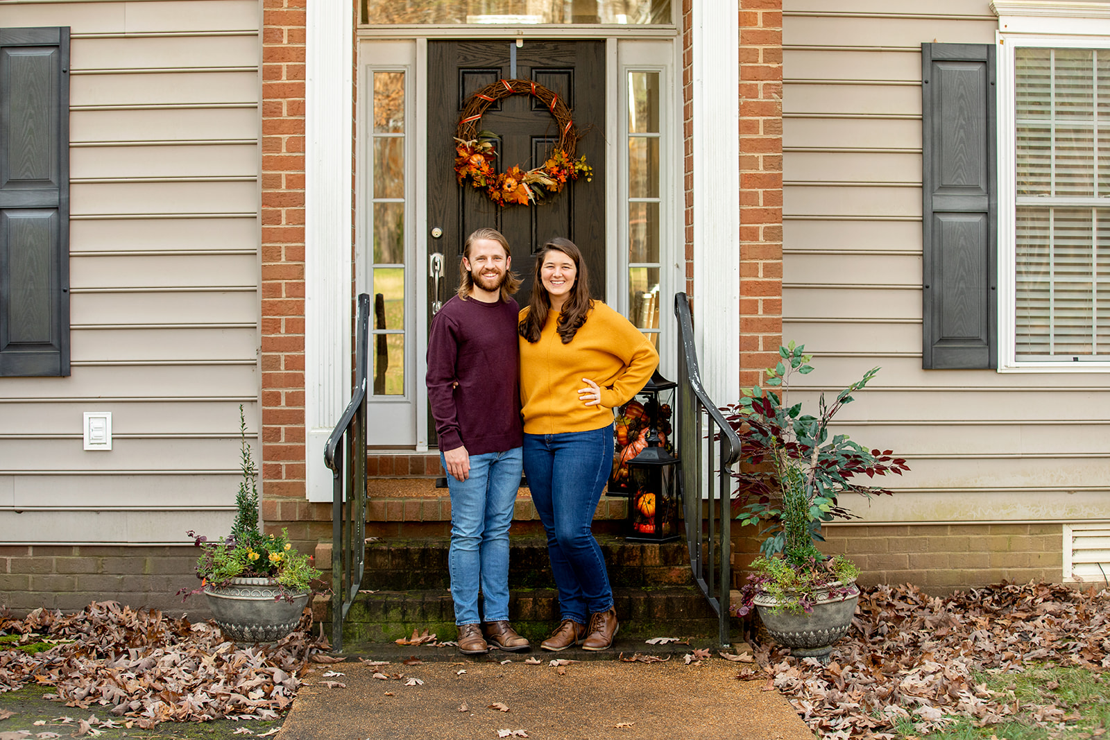 Thanksgiving Front Porch Mini Sessions - Image Property of www.j-dphoto.com